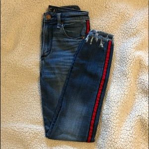 Side stripe jeans - Abercrombie and Fitch